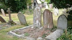 Groby bohaterów do likwidacji - miniaturka