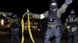 A jednak! Islamiści chcieli zabić Merkel! Alarm bombowy w Hanowerze! - miniaturka