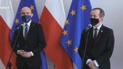 Co za kompromitacja!!! Politycy KO żądają, aby w Polsce szczepiono… o połowę mniej osób niż szczepi się obecnie - miniaturka