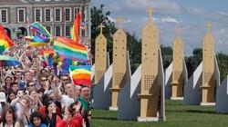 Homoseksualiści mile widziani na ŚDM! Będzie dla Was wiele konfesjonałów! - miniaturka