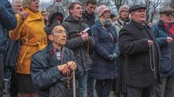 Obrona abp. Marka Jędraszewskiego. FOTORELACJA - miniaturka
