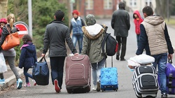 Niemcy wyrzucają swoich obywateli by z domów by zrobić miejsce dla imigrantów - miniaturka