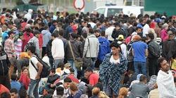 """Austriacki burmistrz: """"Ludzie się boją. To inwazja. Pomocy!"""" - miniaturka"""