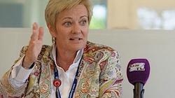 Serwilistyczna Unia Nadawców poucza Polskę w sprawach wolności mediów - miniaturka
