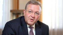 Niemiecki senator nie wytrzymał: Ściągnęliśmy sobie do kraju całkowicie zdziczałych ludzi... - miniaturka