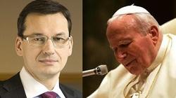 Mateusz Morawiecki w 'Le Figaro': W obliczu pandemii musimy powrócić do nauczania Jana Pawła II - miniaturka