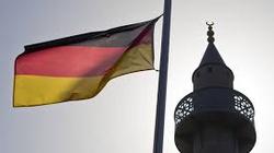 Najazd na Austrię i Niemcy trwa! Tylko dziś całe tysiące na granicy! - miniaturka