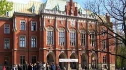 SKANDAL! Uniwersytet Jagielloński odmówił Patrykowi Jakiemu organizacji debaty o gender! - miniaturka