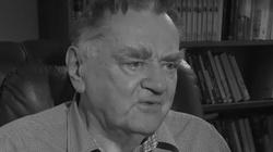90. rocznica urodzin śp. Jana Olszewskiego. Premier Morawiecki oddał hołd byłemu szefowi rządu - miniaturka