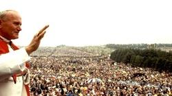 Mocne przesłanie Jana Pawła II: To jest moja Matka, ta Ojczyzna! - miniaturka