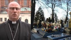 Prymas apeluje o odwołanie nabożeństw na cmentarzach - miniaturka