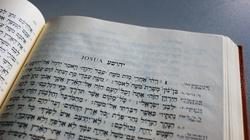 Katolicy, a nie Żydzi i protestanci, zachowali całość Starego Testamentu - miniaturka