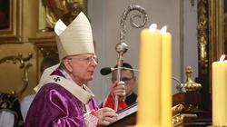 CAŁA HOMILIA Arcybiskupa na pogrzeb K.Morawieckiego - miniaturka