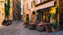 Bunt restauratorów we Włoszech. ,,Umierają z głodu'' - miniaturka