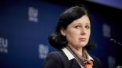 Odebranie funduszy za ,,dyskryminację'' LGBT? Jourova znowu straszy Polskę! - miniaturka