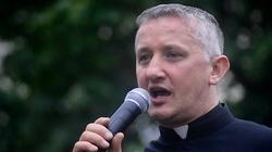 """Ks. Tomasz Kancelarczyk dla Frondy o kampanii """"Przekażmy sobie Znak Pokoju"""" - miniaturka"""