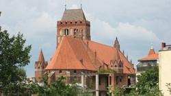 Profanacja w katedrze w Kwidzynie. Połamano krzyż - miniaturka