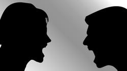 Ks. Sławomir Kostrzewa:  Oto trzy źródła problemów małżeńskich. Jak sobie z nimi radzić? - miniaturka