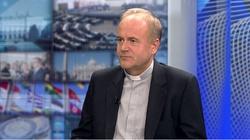 """TYLKO U NAS! """"Mamy prawdziwą wojnę"""". Ks. prof. Andrzej Kobyliński o LGBT, Michale Sz. i zamęcie w Kościele - miniaturka"""