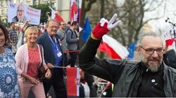 Ruszył marsz Wszyscy Dla Wolności. Kijowski od razu zaatakował rząd! - miniaturka