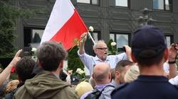 KODowcy idą na Berlin. Manifestacja przeciwko PiS w centrum stolicy - miniaturka