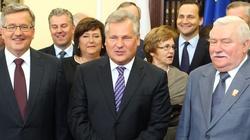 Polacy zgodnie: Skończyć ze specjalnymi emeryturami dla byłych prezydentów - miniaturka