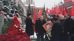 80 lat temu kazał wymordować Polaków, dziś Rosjanie nadal oddają mu hołd - miniaturka