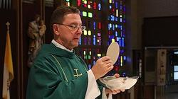 GW lamentuje, bo ... miał piorunka i nie otrzymał Komunii Świętej - miniaturka