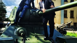 Korwin-Mikke: Po co sprzęt NATO? Rosja nie zagraża - miniaturka