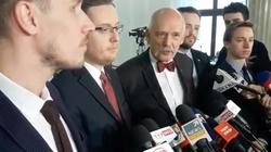 ,,Konfederacja'' znowu kokietuje PiS koalicyjnością - miniaturka