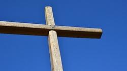 Upadek cywilizacji! Kanada: W parlamencie usunięto ze ściany krzyż - miniaturka