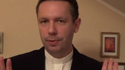 """Ks. Daniel Wachowiak o porzuceniu kapłaństwa. ,,Wierni biją brawa, a hejt wobec księży, traktujący sakramenty z godnością"""" - miniaturka"""