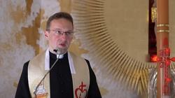 Ks. Kostrzewa: ,,Aby uczynić swoje serce mądrym, kobieta powinna oddać je Jezusowi''  - miniaturka