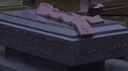 Dokładnie 30 lat temu ,,nieznani sprawcy'' zamordowali ks. Stefana Niedzielaka - miniaturka