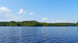 Z jeziora na Białorusi wyłowiono zwłoki polskiego księdza - miniaturka