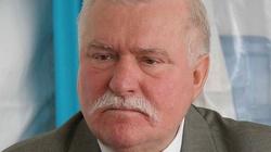 Lech Wałęsa przybywa do Polski! - miniaturka