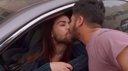 Oto jak Google wspiera homoseksualistów. W reklamie całujące się pary LGBT - miniaturka