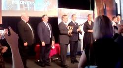 Niemiecka Polonia wręczyła nagrody. Wśród wyróżnionych kandydat na kanclerza i Senat RP - miniaturka