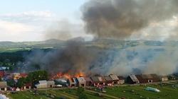 Tragiczny pożar w Nowej Białej. Premier: Wasze rodziny będą mieć dach nad głową - miniaturka