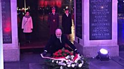Macierewicz: Naród wyrąbał sobie niepodległość orężem - miniaturka