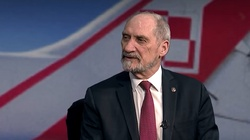 Macierewicz o decyzji SN: Wynagradza się morderców - miniaturka