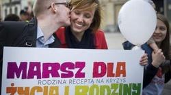 Polacy bronią życia! Tłumy na Marszach dla Życia i Rodziny!  - miniaturka