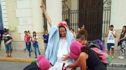 Feministki 'abortowały' Dzieciątko Jezus - miniaturka