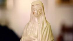 Tajemnica krwawych łez Madonny w Civitavecchia - miniaturka