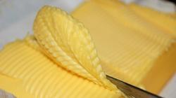 Masło powinno być już tanie - UJAWNIA producent!!! - miniaturka