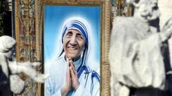 Matka Teresa zostanie świętą! Papież Franciszek potwierdził CUD! - miniaturka