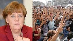 Niemcy nie radzą sobie z imigrantami. Bawarski minister: Stwarzają zagrożenie. Deportujmy! - miniaturka