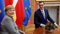 Premier ujawnia, co powiedziała mu kanclerz Merkel    - miniaturka