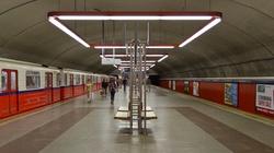 W metrze w Warszawie miała miejsce próba samobójcza - miniaturka