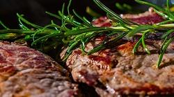 Czy w ten piątek wolno jeść mięso? Odpowiadamy! - miniaturka